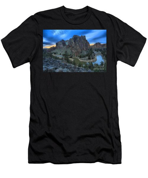 Sunset Over Smith Rock Men's T-Shirt (Athletic Fit)