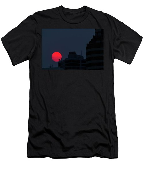 Sunset Over The City Of Portland Oregon Men's T-Shirt (Athletic Fit)
