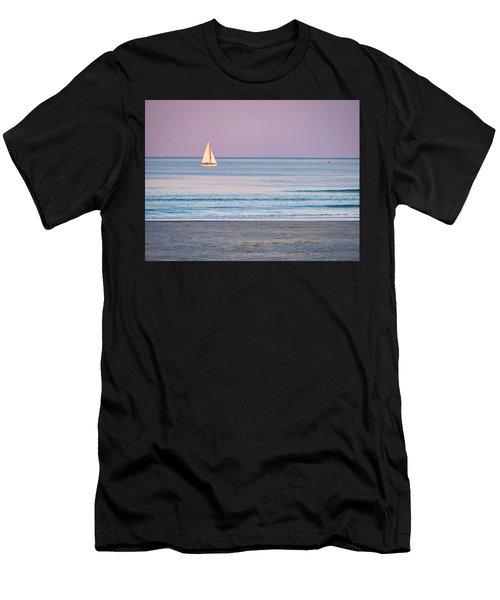 Sunset Sail - Ogunquit -maine Men's T-Shirt (Athletic Fit)