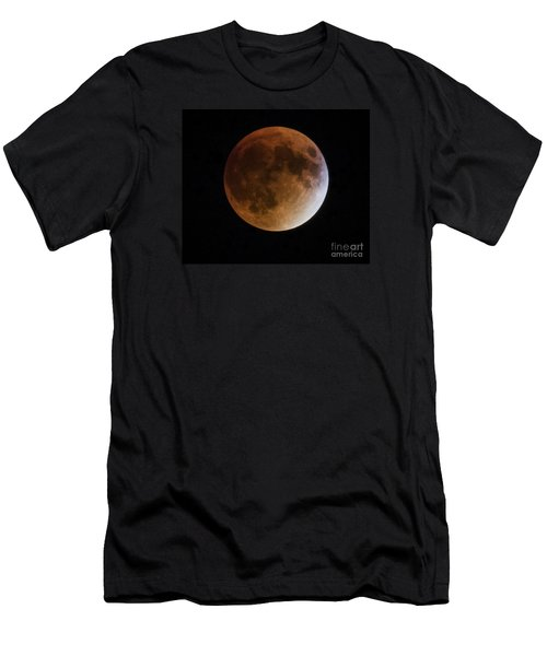 Super Blood Moon Lunar Eclipses Men's T-Shirt (Athletic Fit)