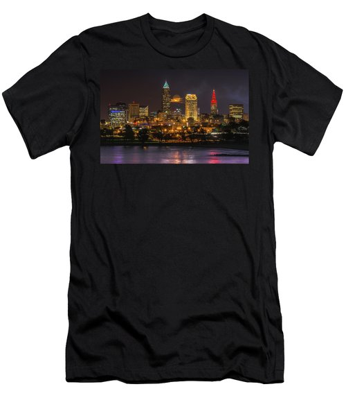 Super Moon 2016 Over Cleveland Men's T-Shirt (Athletic Fit)