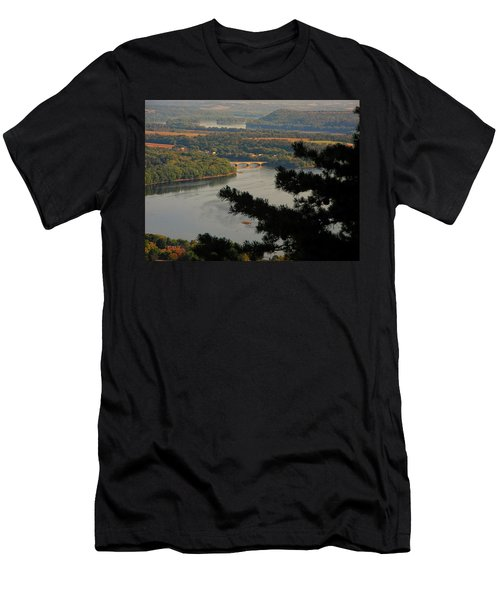 Susquehanna River Below Men's T-Shirt (Athletic Fit)