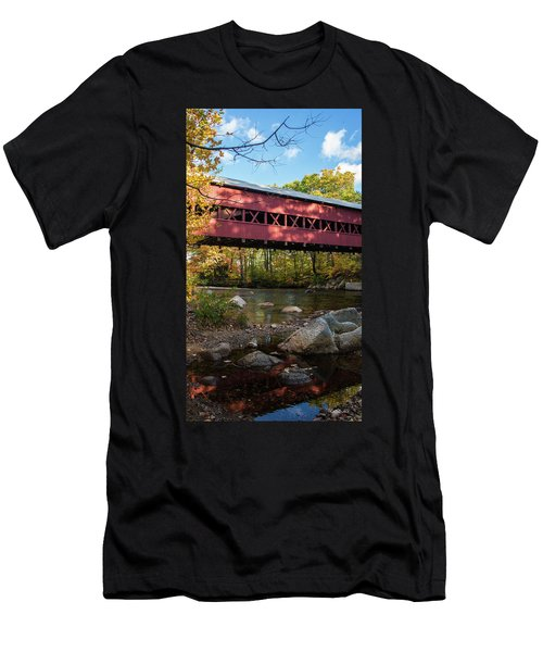Swift River Covered Bridge Men's T-Shirt (Athletic Fit)