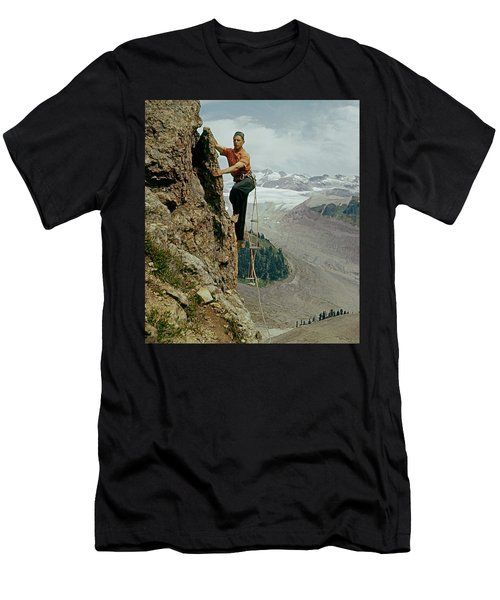 T-902901 Fred Beckey Climbing Men's T-Shirt (Athletic Fit)