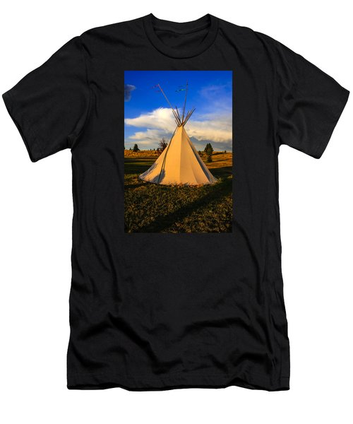 Teepee In Montana Men's T-Shirt (Slim Fit) by Chris Smith