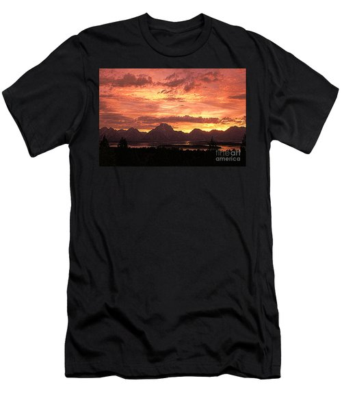 Teton Sunset Men's T-Shirt (Athletic Fit)