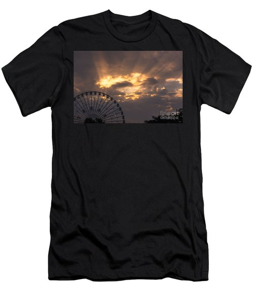 Texas Star Ferris Wheel And Sun Rays Men's T-Shirt (Athletic Fit)