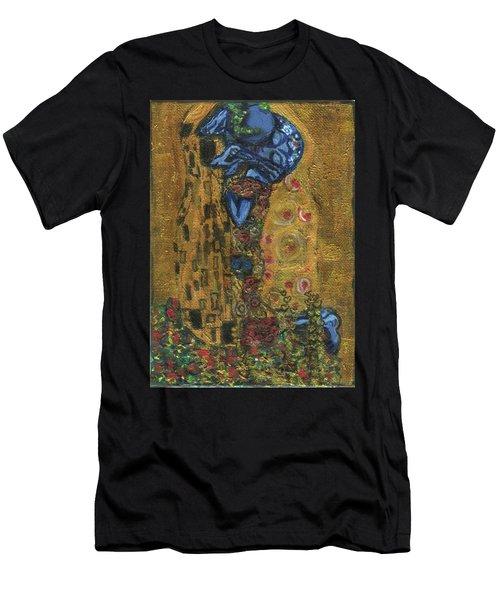 The Alien Kiss By Blastoff Klimt Men's T-Shirt (Athletic Fit)