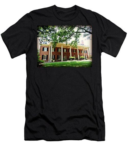 The Carolina Inn - Chapel Hill Men's T-Shirt (Athletic Fit)