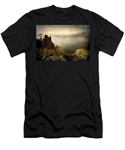 The Castle On The Lake. Malcesine Men's T-Shirt (Athletic Fit)