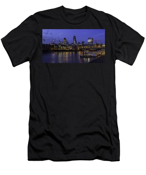 The City From The Southbank Men's T-Shirt (Athletic Fit)