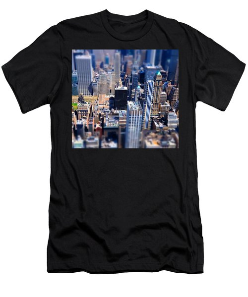 The City  Men's T-Shirt (Slim Fit) by Mckenzie Weldon