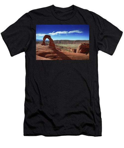 The Delicate Arch Men's T-Shirt (Athletic Fit)