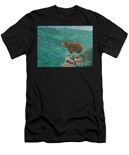 The Franklin Grizzly Bear Men's T-Shirt (Athletic Fit)