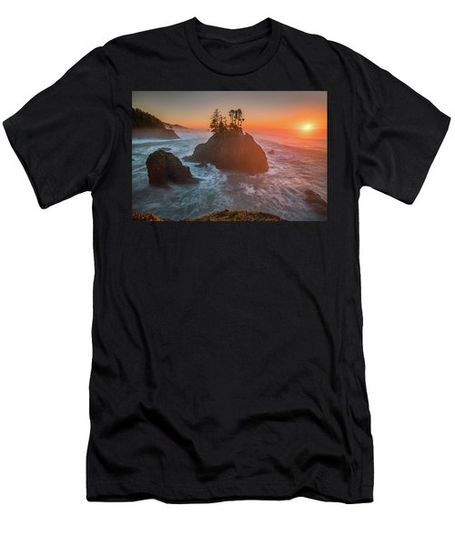 Men's T-Shirt (Athletic Fit) featuring the photograph The Golden Sunset Of Oregon Coast by William Lee
