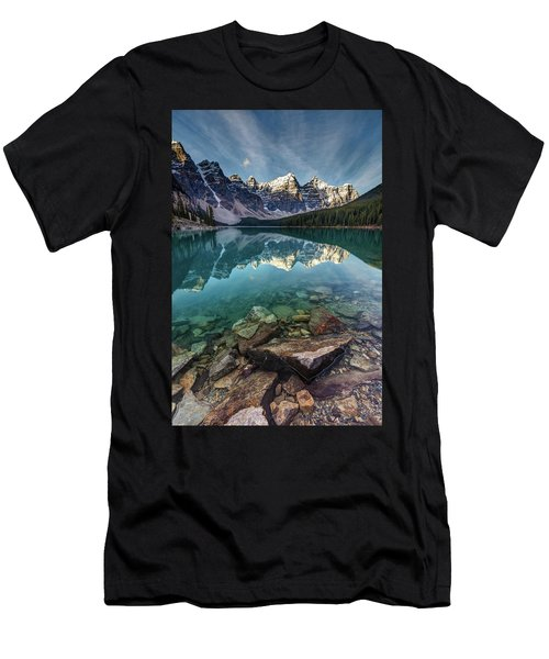 The Iconic Moraine Lake Men's T-Shirt (Athletic Fit)
