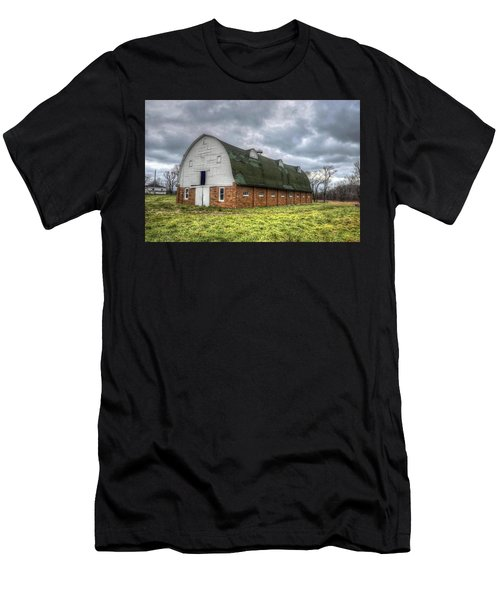 The Long Barn Men's T-Shirt (Athletic Fit)