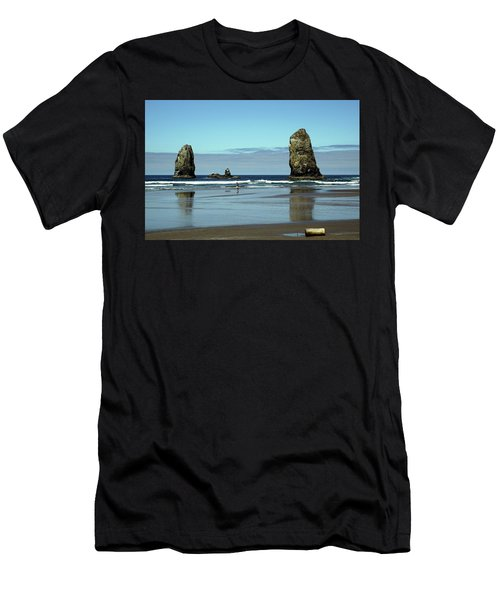 The Needles, Cannon Beach, Or Men's T-Shirt (Athletic Fit)