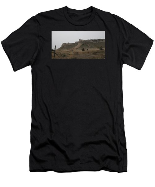 The Oregon Trail Scotts Bluff Nebraska Men's T-Shirt (Athletic Fit)