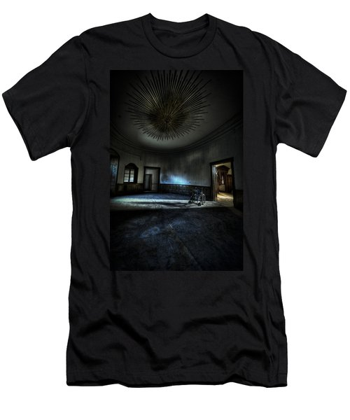 The Oval Star Room Men's T-Shirt (Athletic Fit)
