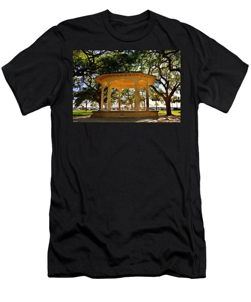 The Pavilion At Battery Park Charleston Sc  Men's T-Shirt (Athletic Fit)
