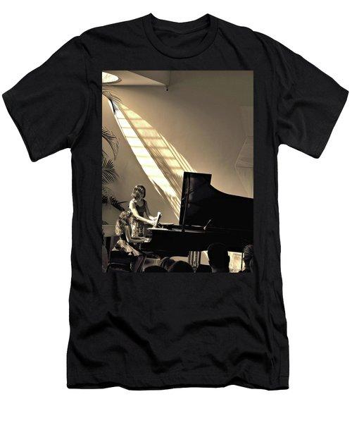The Pianist Men's T-Shirt (Slim Fit) by Beto Machado