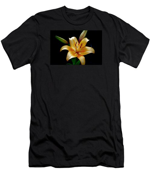 The Queen Lily Men's T-Shirt (Athletic Fit)