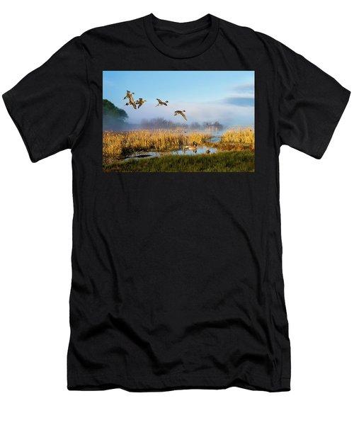 The Wetlands Crop Men's T-Shirt (Athletic Fit)
