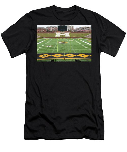 The Zou Men's T-Shirt (Athletic Fit)