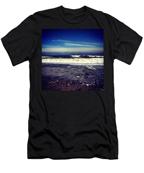 Think Ill Skip The Beach 😕 Men's T-Shirt (Athletic Fit)