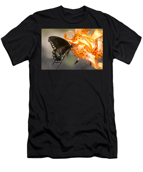This Butterfly Loves Tiger Lilies Men's T-Shirt (Athletic Fit)