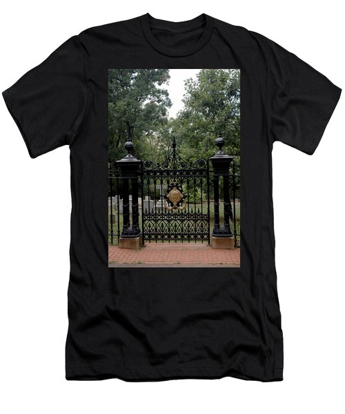 Thomas Jefferson Grave Site Monticello Men's T-Shirt (Athletic Fit)