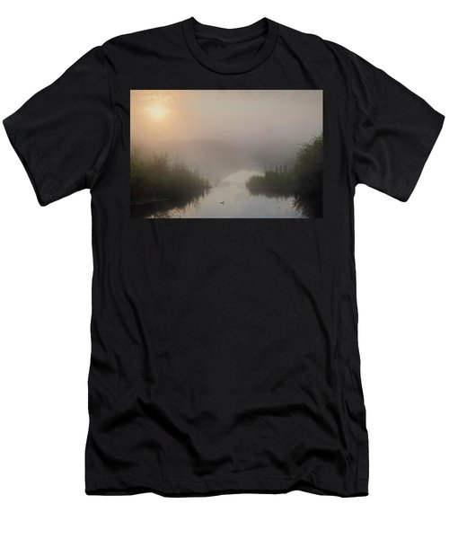 Thorhild County Pond Men's T-Shirt (Athletic Fit)