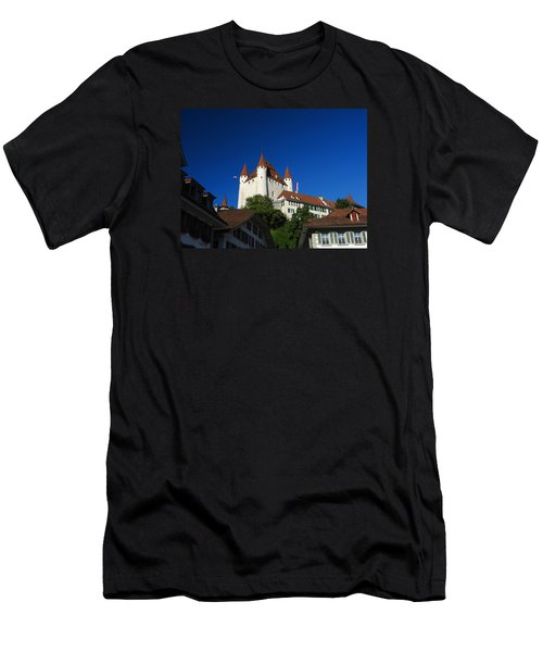 Thun Castle Men's T-Shirt (Athletic Fit)