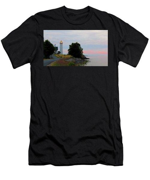 Tibbetts Point Light Sunset Men's T-Shirt (Athletic Fit)