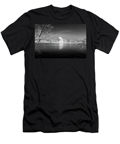 Tidal Basin Jefferson Memorial Men's T-Shirt (Athletic Fit)