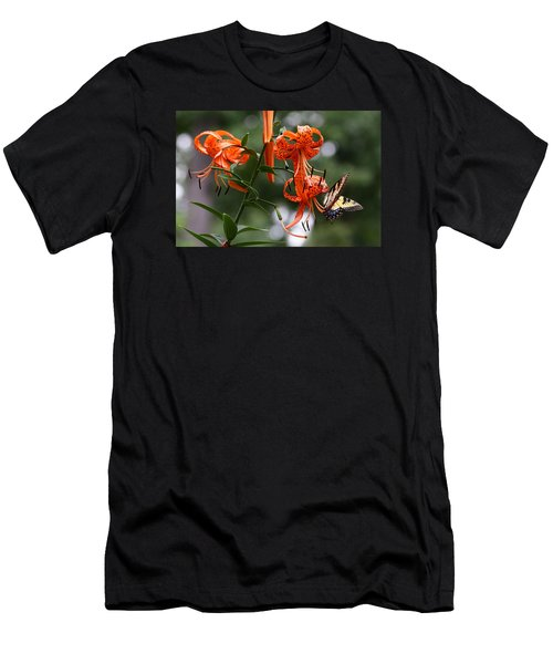 Tiger Tiger Men's T-Shirt (Athletic Fit)