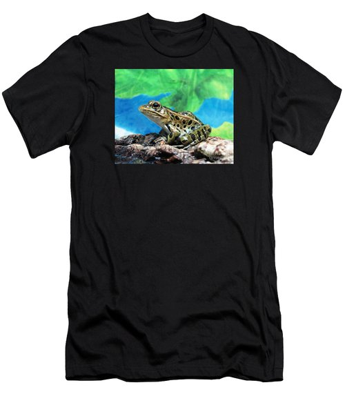 Tiny Frog Men's T-Shirt (Athletic Fit)