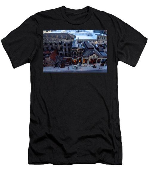 Tiny Pabst Castle Men's T-Shirt (Athletic Fit)