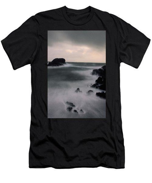 Tofino Dream Men's T-Shirt (Athletic Fit)