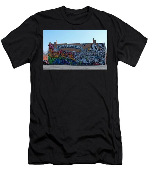 Toledo Loves Love Men's T-Shirt (Athletic Fit)