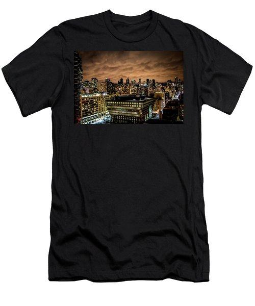 Toronto Dusk Men's T-Shirt (Athletic Fit)