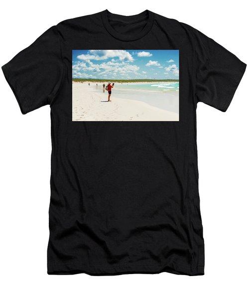 Tortuga Bay Beach At Santa Cruz Island In Galapagos  Men's T-Shirt (Athletic Fit)