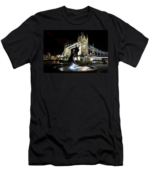 Tower Bridge With Girl And Dolphin Statue Men's T-Shirt (Athletic Fit)