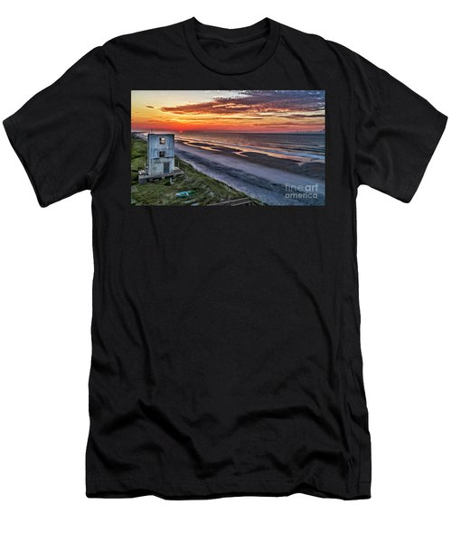 Tower Sunrise Men's T-Shirt (Athletic Fit)