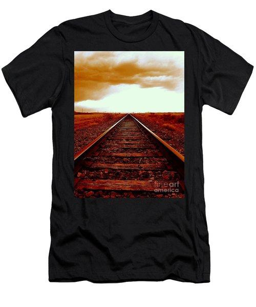 Marfa Texas America Southwest Tracks To California Men's T-Shirt (Athletic Fit)