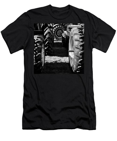 Tractor Tire Lineup Men's T-Shirt (Athletic Fit)
