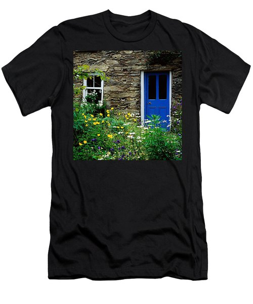 Traditional Cottage, Co Cork Men's T-Shirt (Athletic Fit)