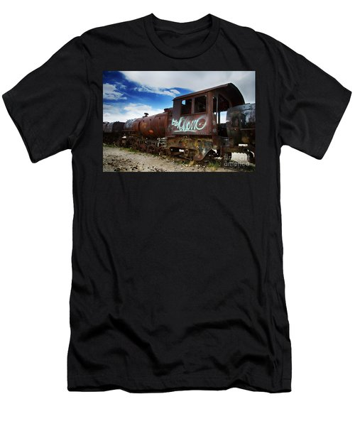 Train Graveyard Uyuni Bolivia 16 Men's T-Shirt (Athletic Fit)