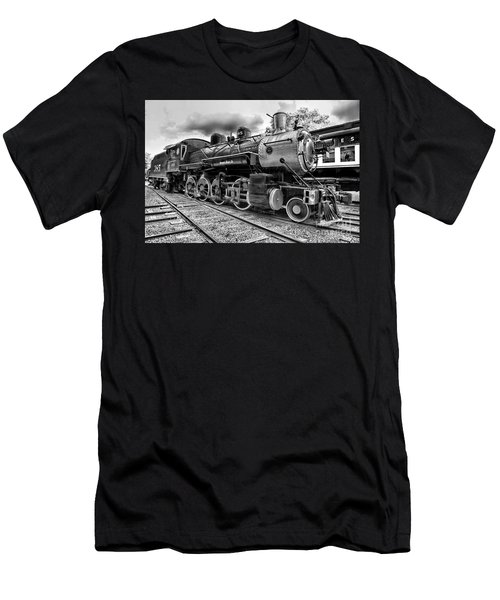 Train - Steam Engine Locomotive 385 In Black And White Men's T-Shirt (Athletic Fit)